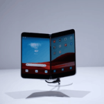 微软终于再次发布手机,Surface 家族空前繁荣